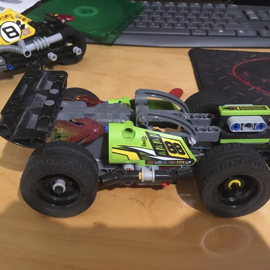 Samochód wyścigowy 5 like następne