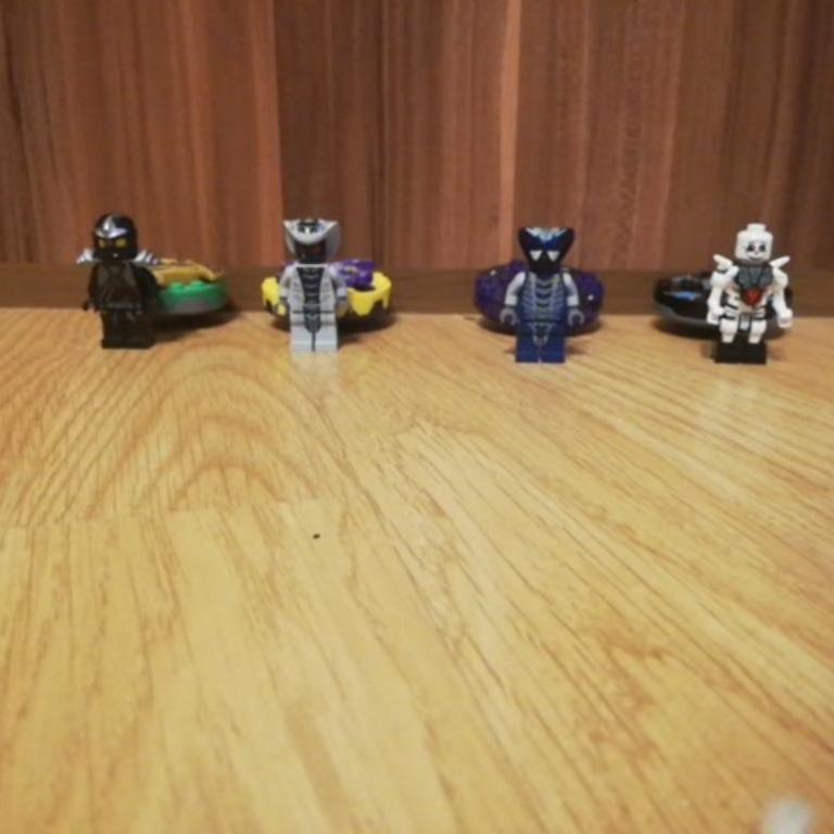 Lego ninjago pörgettyűk