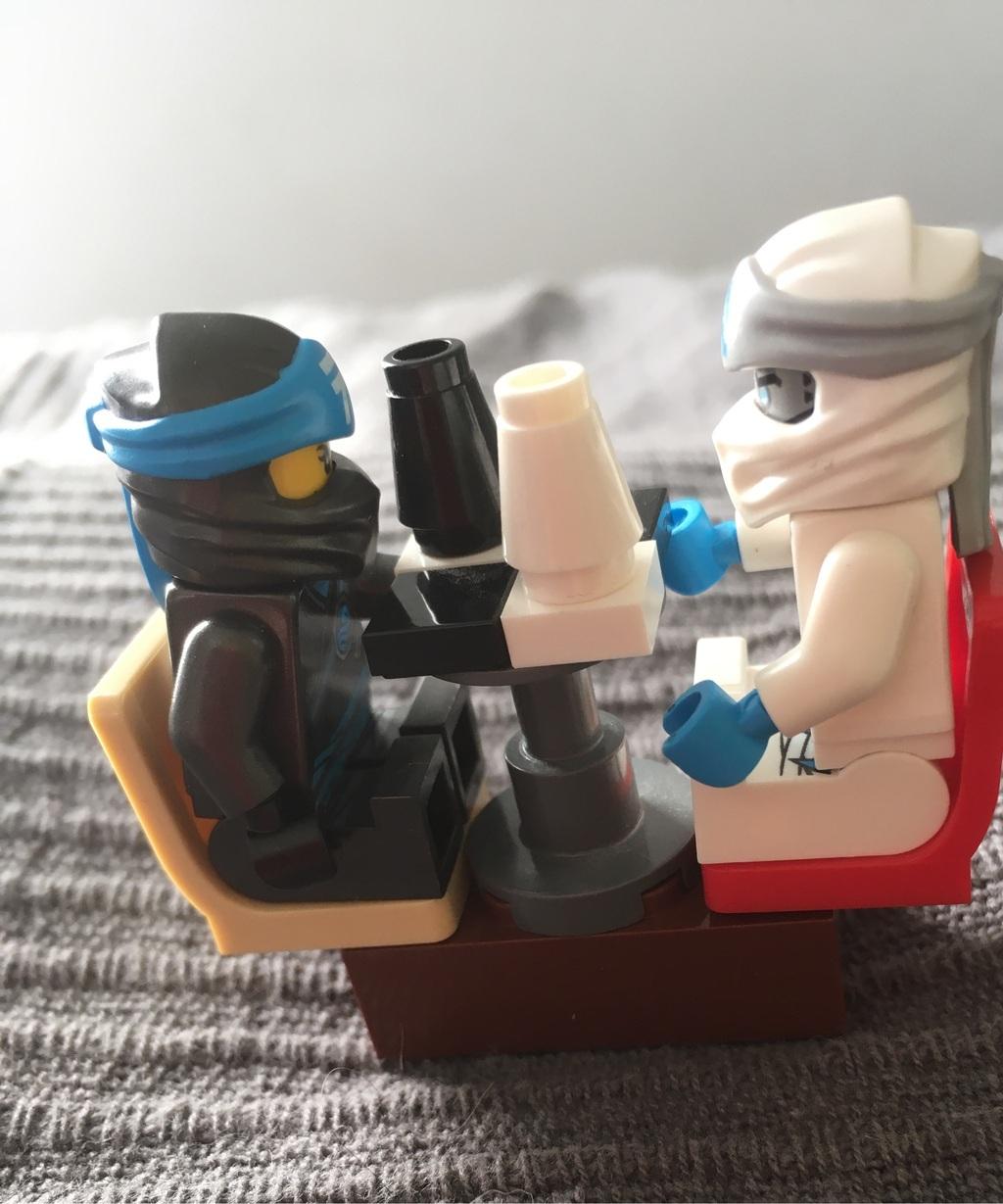 De kör schack