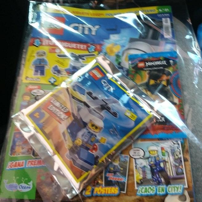 Mi nueva revista de lego city.