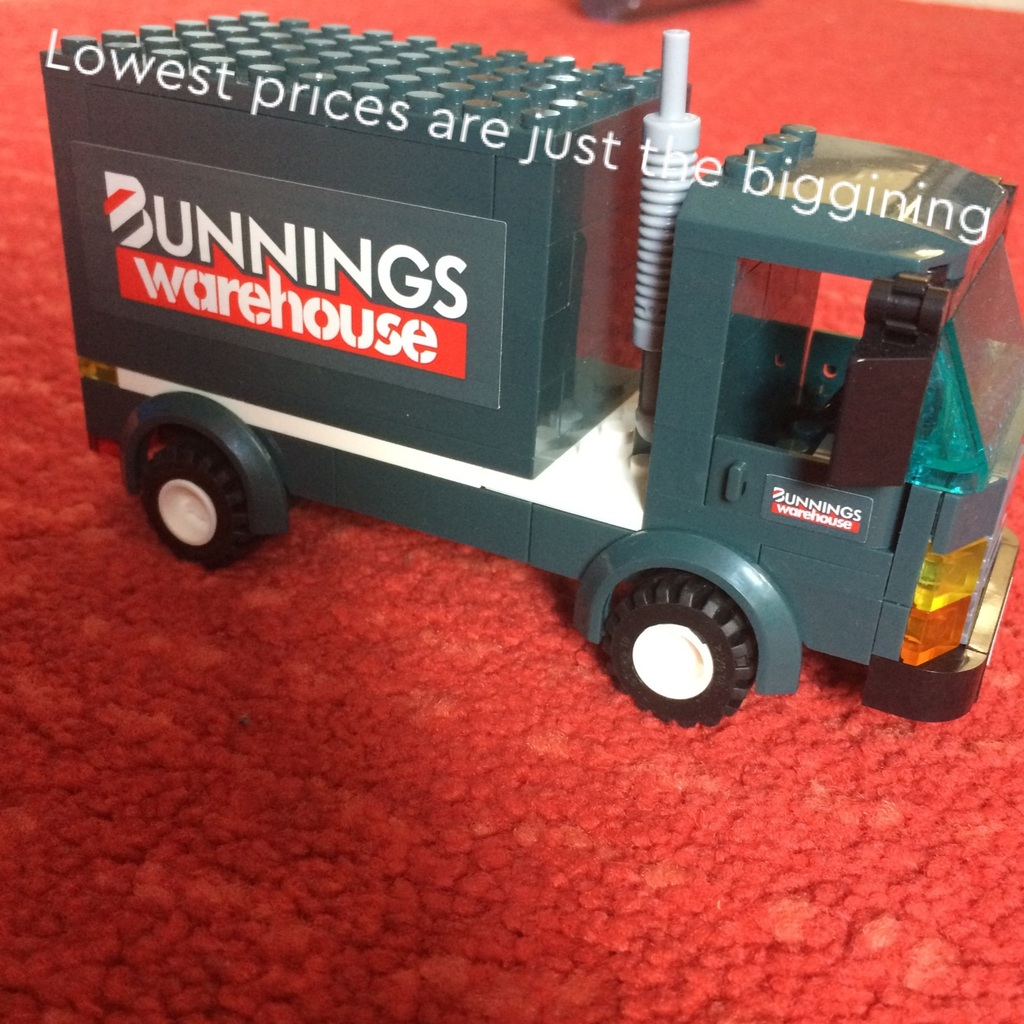 Bunnings warehouse truck