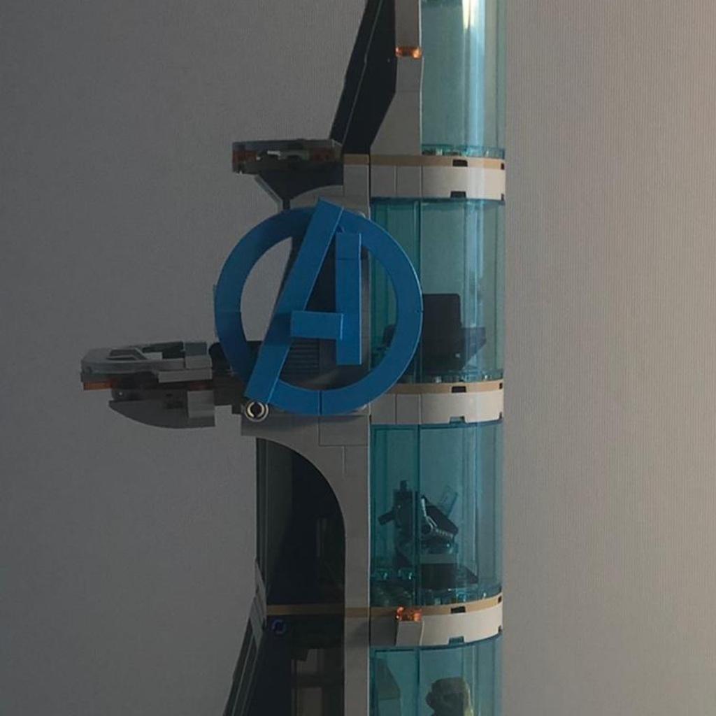Avengers tower lego