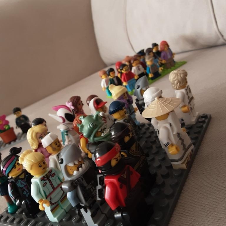 İşte Lego Minifigürlerim!!