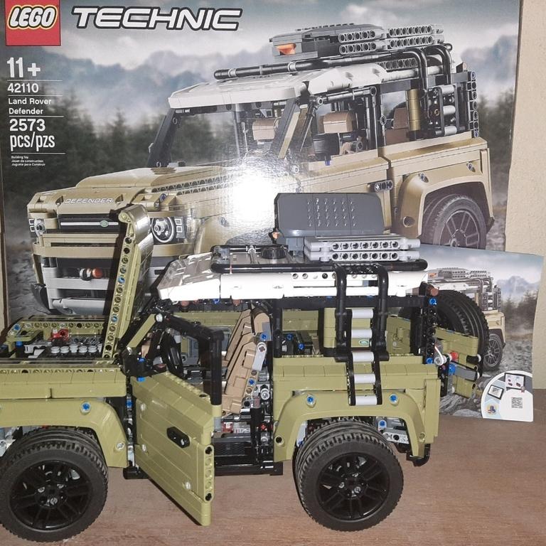 Lego defender