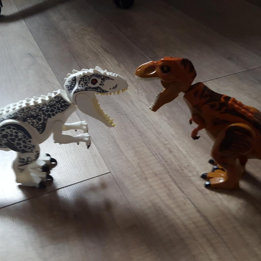 indominus vs tyramozaur