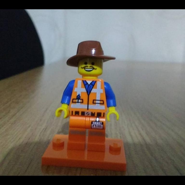The Lego Movie cowboy Emmet minifigure