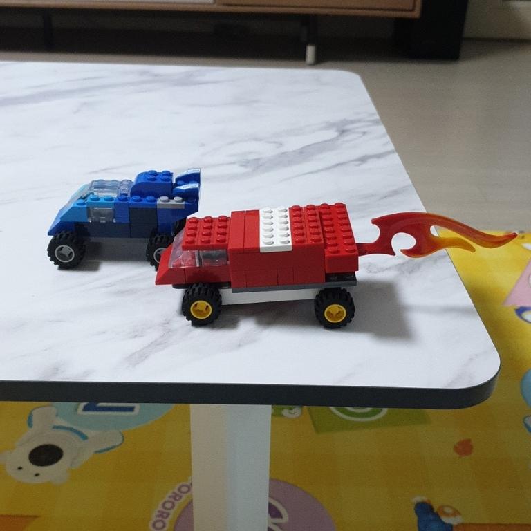 람보르기니 불나오는 차와 쉐보레 카마로2021