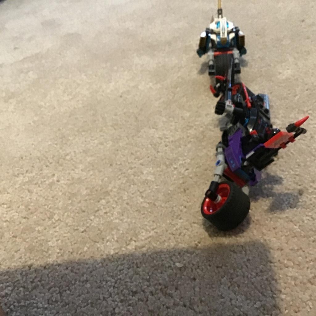 Zane vs Ninja droid