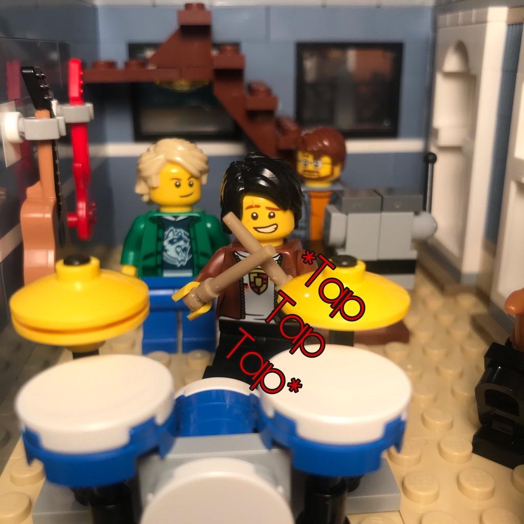 UEM Comic: Drummin'