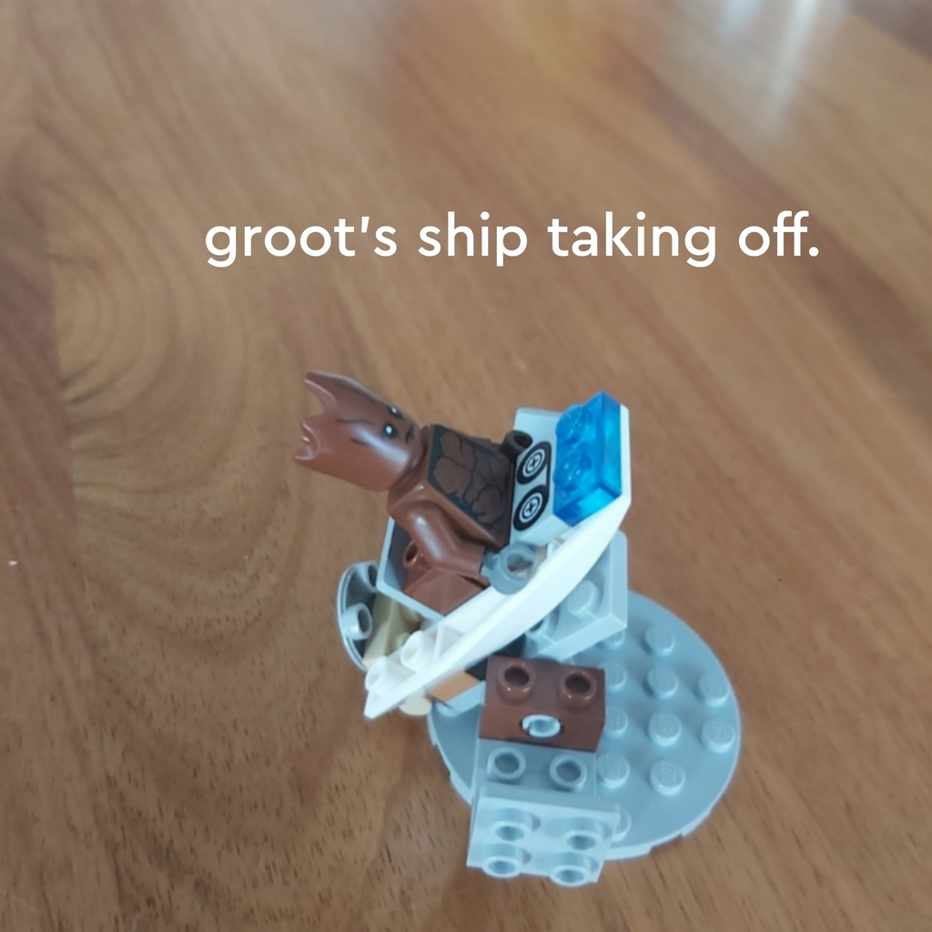 Groot's ship taking off.