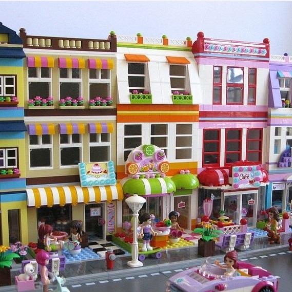 Friends modular street!