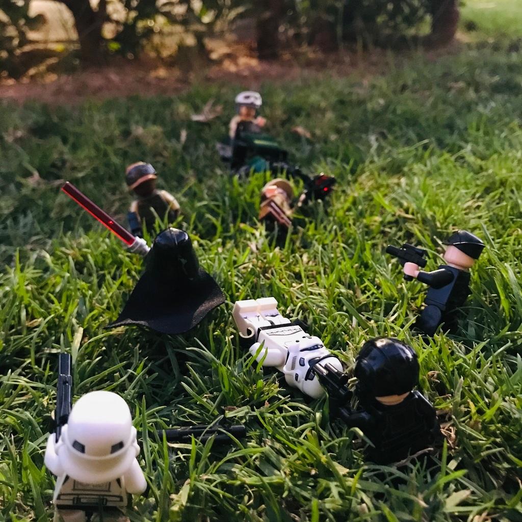 Rebelianci kontra Imperium Galaktyczne