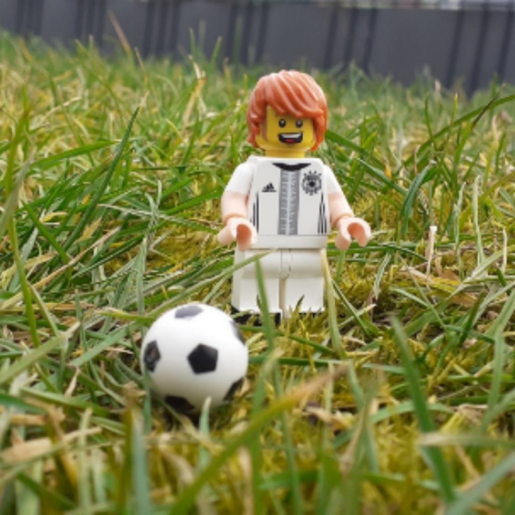 Fußball im Garten 🏡