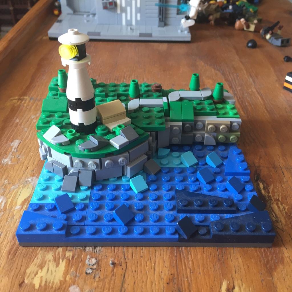 Mini lighthouse moc